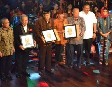 """Gema Nusantara FBS 2018 """" Karya Kami untuk Negeri"""""""