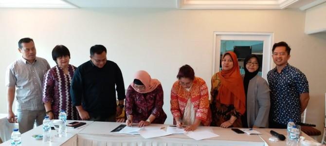 Penandatanganan Dokumen Kerja Sama FBS dengan UPT Pelayanan Bahasa UNJ