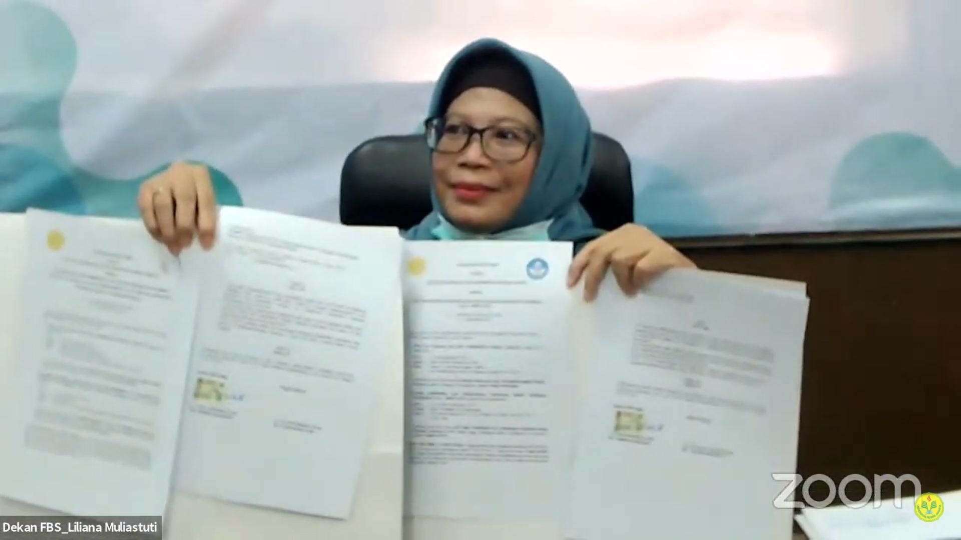 SEMINAR DARING BULAN BAHASA: PENGAJARAN BAHASA DAN SENI  BUDAYA INDONESIA DI LIMA BENUA